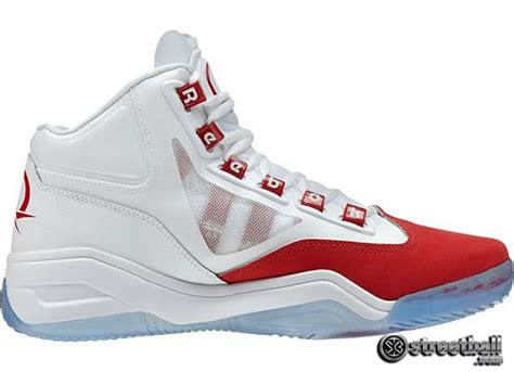 iverson basketball shoes 108 best images about allen e iverson on