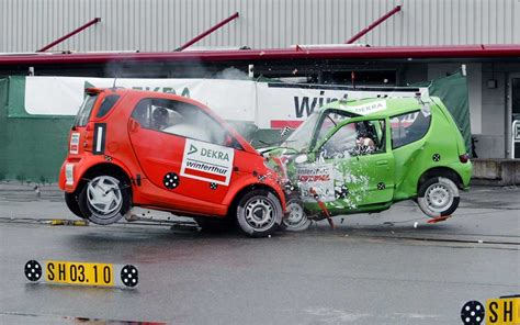smart car collision test iihs front to front crash test small vs midsized