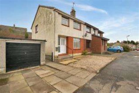 3 bedroom house for sale glasgow 3 bedroom semi detached house for sale in meadowburn bishopbriggs glasgow g64