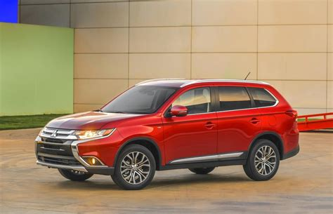 mitsubishi suv 2016 2016 mitsubishi outlander suv features and details