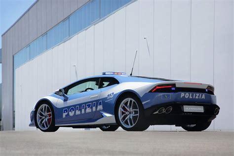 police lamborghini huracan italian police lamborghini huracan revealed autoevolution