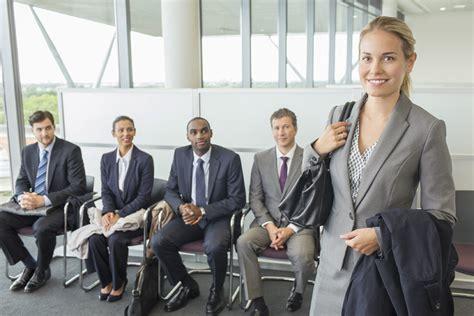 preguntas frecuentes en una entrevista para recepcionista la entrevista de trabajo el mejor cv