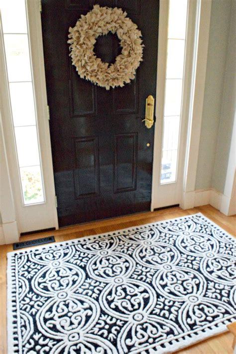foyer rugs  wont break  bank maison mass