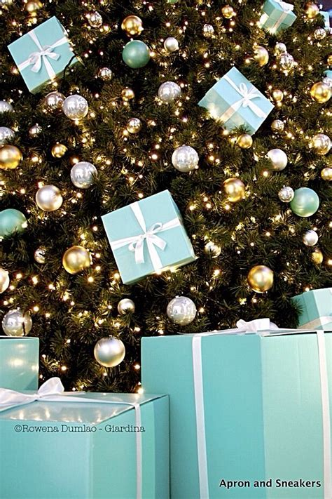 tiffany christmas tree with packages must haves