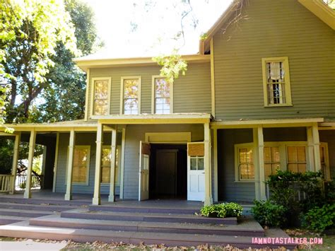 Spencer S House And Barn From Quot Pretty Little Liars The Hastings Houses