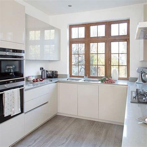 small u shaped kitchen design ideas kool kitchens 25 best ideas about small u shaped kitchens on pinterest