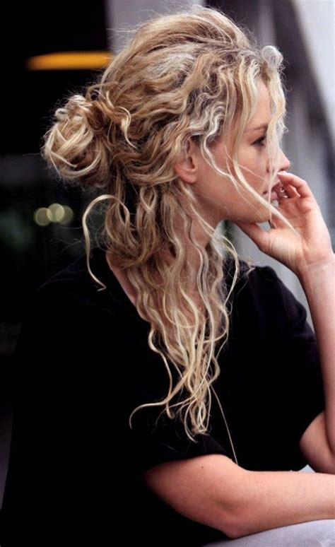 Scrunched Hairstyles by Best 25 Scrunched Hairstyles Ideas On