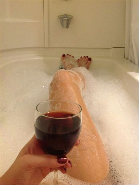bathtub lady 26 best images about things i love to do on pinterest
