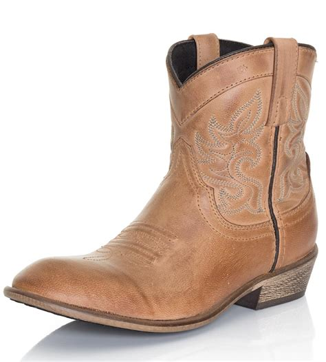 ankle cowboy boots dingo womens willie ankle cowboy boots antique