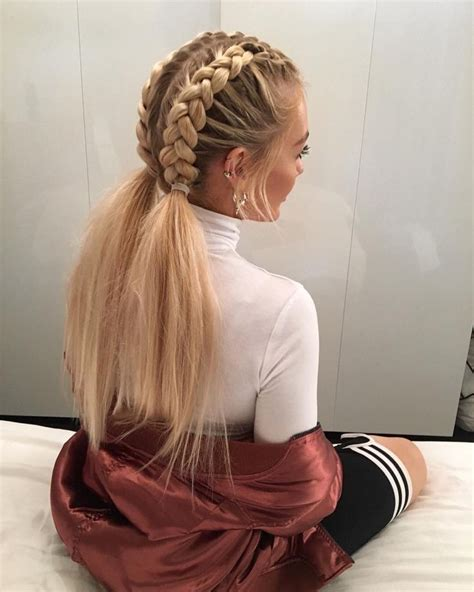 hairstyles to do with plaited extensions 25 best ideas about dutch braids on pinterest braids