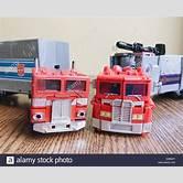 transformers-toys-optimus-prime-original
