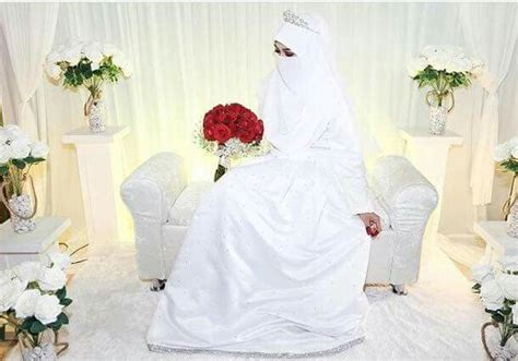 Ravena Batik Muslim muslim pe 231 e nikab nikap nikabis kapalı
