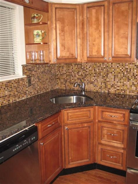 wholesale kitchen cabinets online 9 best images about kitchen w corner sink ideas on