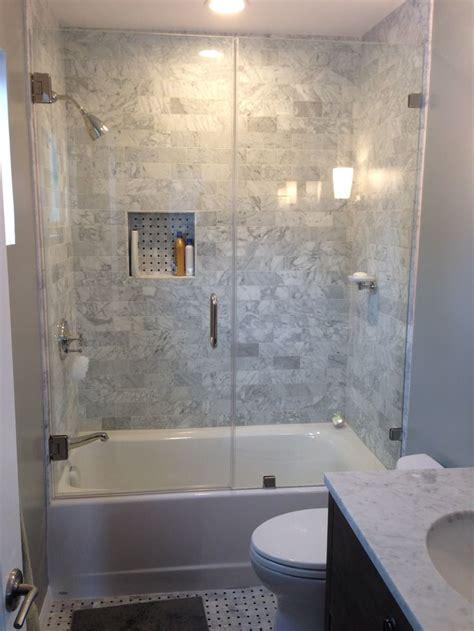 bathtub enclosures ideas best 25 tub enclosures ideas on pinterest hot tubs hot