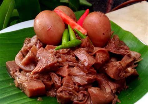 aneka makanan tradisional unik khas indonesia