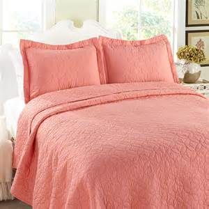 Quilt Or Coverlet Laura Ashley Solid Coral Quilt Set From Beddingstyle Com
