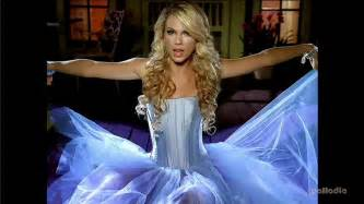 Taylor swift our song 00008 12272012133358000000 jpg