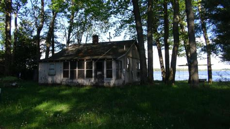 Cabins In Cadillac Mi by Michigan Waterfront Property In Cadillac Lake City