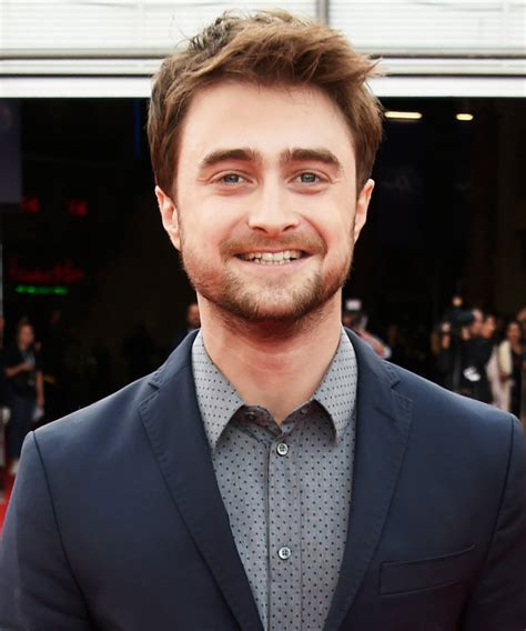 daniel radcliffe will play an angel in new tv show miracle