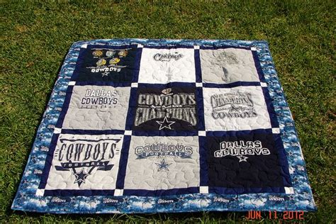 T Shirt Quilt Dallas by 1000 Images About T Shirt Blankets And Crafts On