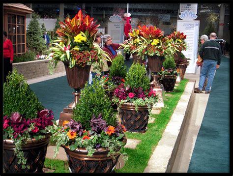 Summer Planter Ideas by Landscaping Flower Garden Ideas Midwest