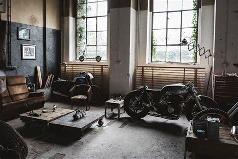 Mercenary Garage: Just Chill