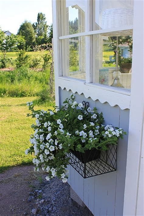 window box baskets 17 best images about window flower boxes on