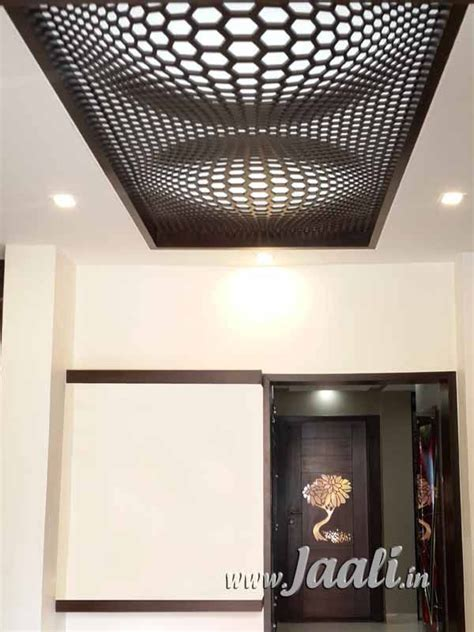 mm mdf illusion design jaali   ceiling home