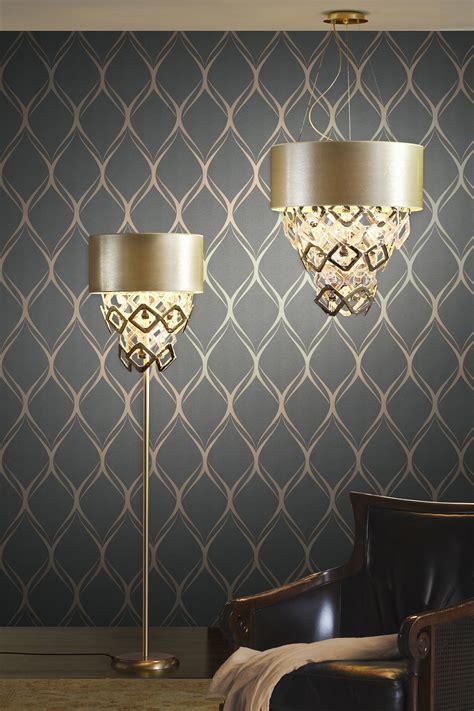 luxe living room decor idea   dreamy wallpaper