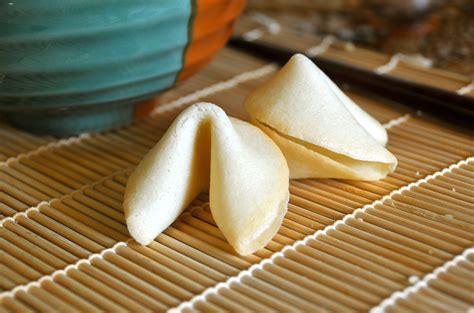 How To Make A Fortune Cookie Out Of Paper - fortune cookies hungry gnomes