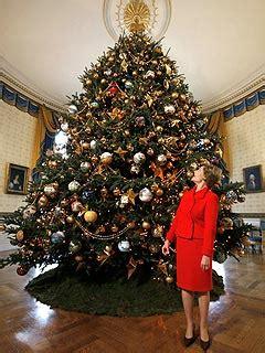 laura bush unveils white house christmas tree