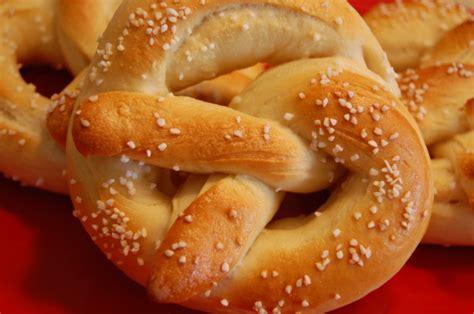 pretzel recipe real soft pretzels recipe food