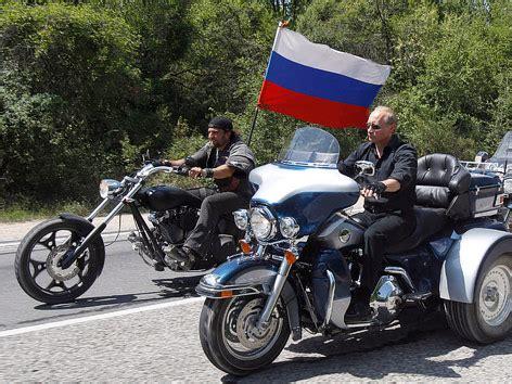 Motorradtreffen Russland by Putins Heldendarstellungen News Orf At
