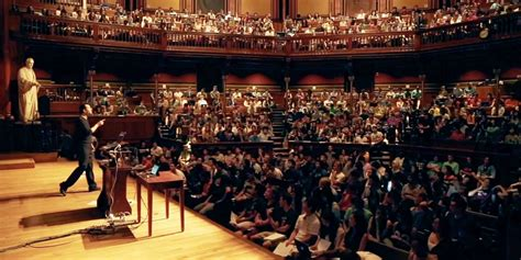 How Can Distinguish Yself Harvard Mba by Why Students Harvard S Cs50 Business Insider