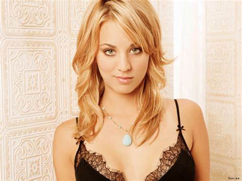 Free Picture: Kaley Cuoco Pictures