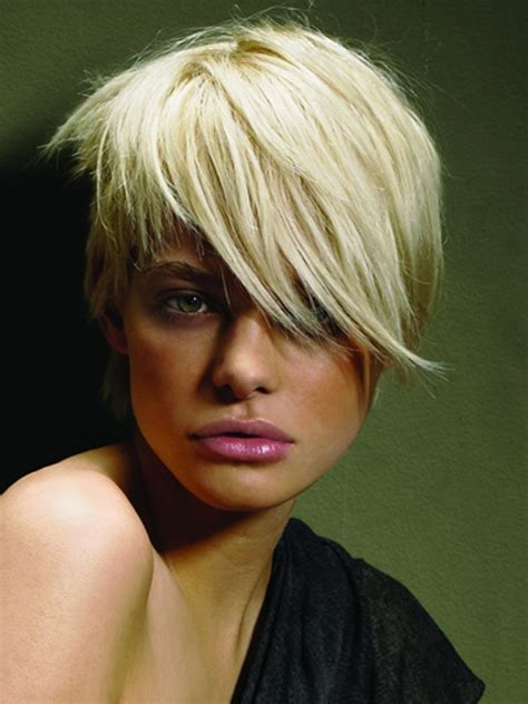 hairstyles short hair blonde winter 2011 short layered haircuts trends