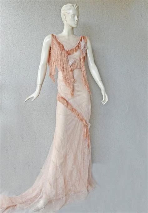 nina ricci romantic runway delight lace confection dress