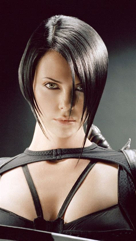 edgy haircuts charlize theron in aeon flux 65 best images about aeon flux charlize theron on