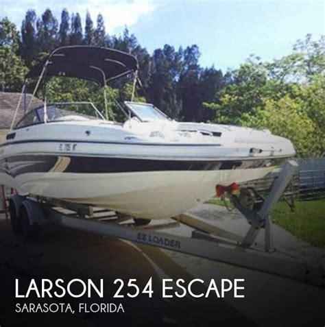 escape boat sold larson 254 escape boat in sarasota fl 071737