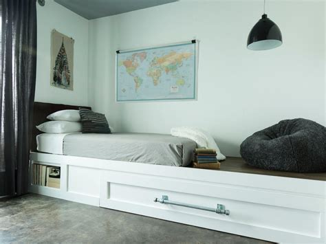 how to build a trundle bed hgtv