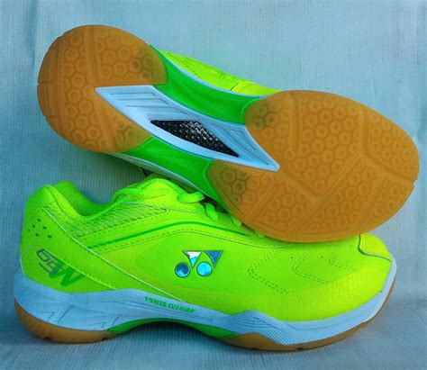 Sepatu Badminton Shopee jual sepatu badminton bulutangkis yonex shb 65 wex new