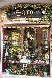 Store Italy Shop In Taormina Italy Shops Markets And Signs