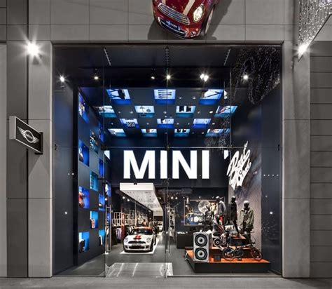 Interior Shops For Cars by Glamshops Visual Merchandising Shop Reviews Mini Pop