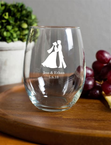 Wedding Favors Wine by 15 Ounce Stemless Wine Glasses