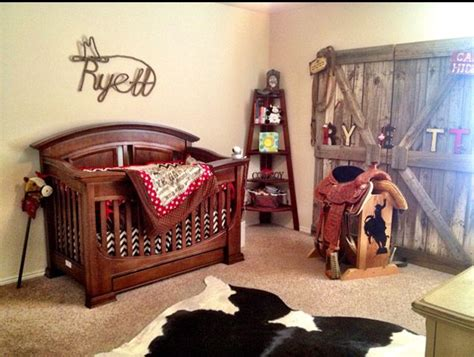 Cowboy Nursery Decor 25 Best Ideas About Western Nursery On Pinterest Cowboy Nursery Country Nursery Themes And
