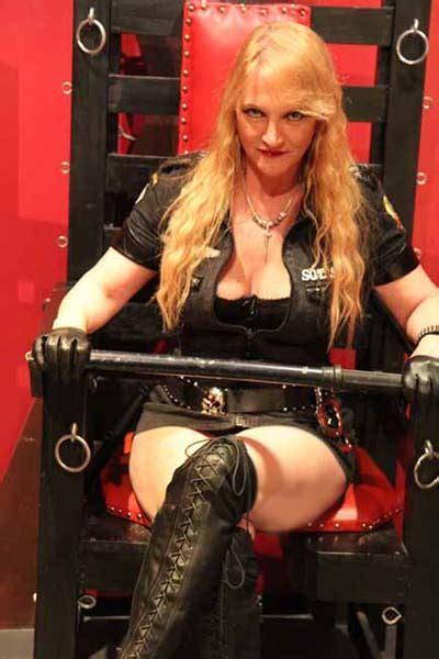 mistress sinthia melbourne vip mistresses world