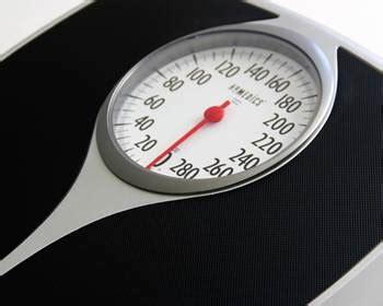 Timbangan Berat Badan Di 10 cara menghitung berat badan ideal dewasa dan anak anak diedit