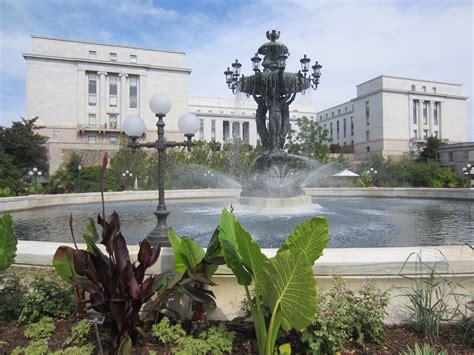 Us Botanic Garden Dc File Bartholdi United States Botanic Garden Washington D C 2012 Jpg Wikimedia
