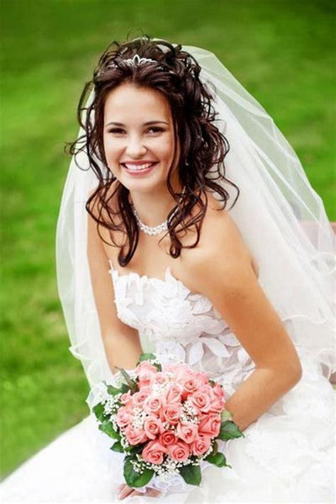 Brautfrisur Diadem Locken by Brautfrisuren Mittellanges Haar Mit Diadem