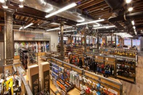 Out Door Store by Outdoor Gear Retailer Rei Opens Doors In Soho Velojoy